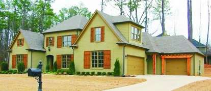 4 Bed, 4 Bath, 3500 Square Foot House Plan - #053-01926