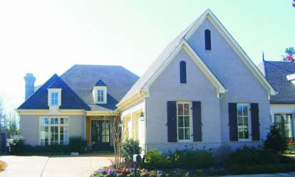 4 Bed, 3 Bath, 3129 Square Foot House Plan - #053-02012